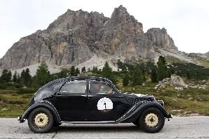 Lancia Aprilia di Canè e Galliani vincitori dell'edizione 2012