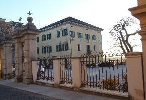 Palazzo Doglioni Dalmas sede di Confindustria Belluno Dolomiti