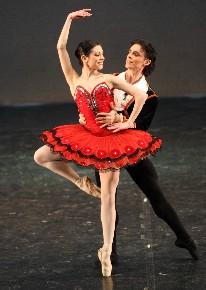 Compagnia Balletto Classico Liliana Cosi - Marinel Stefanescu in Galà di Balletto B.D.